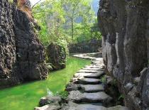 黄果树大瀑布、天星桥景园、陡坡塘大瀑布、龙宫 一日游